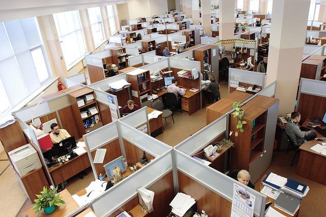 Šetřit na zaměstnancích se nevyplatí